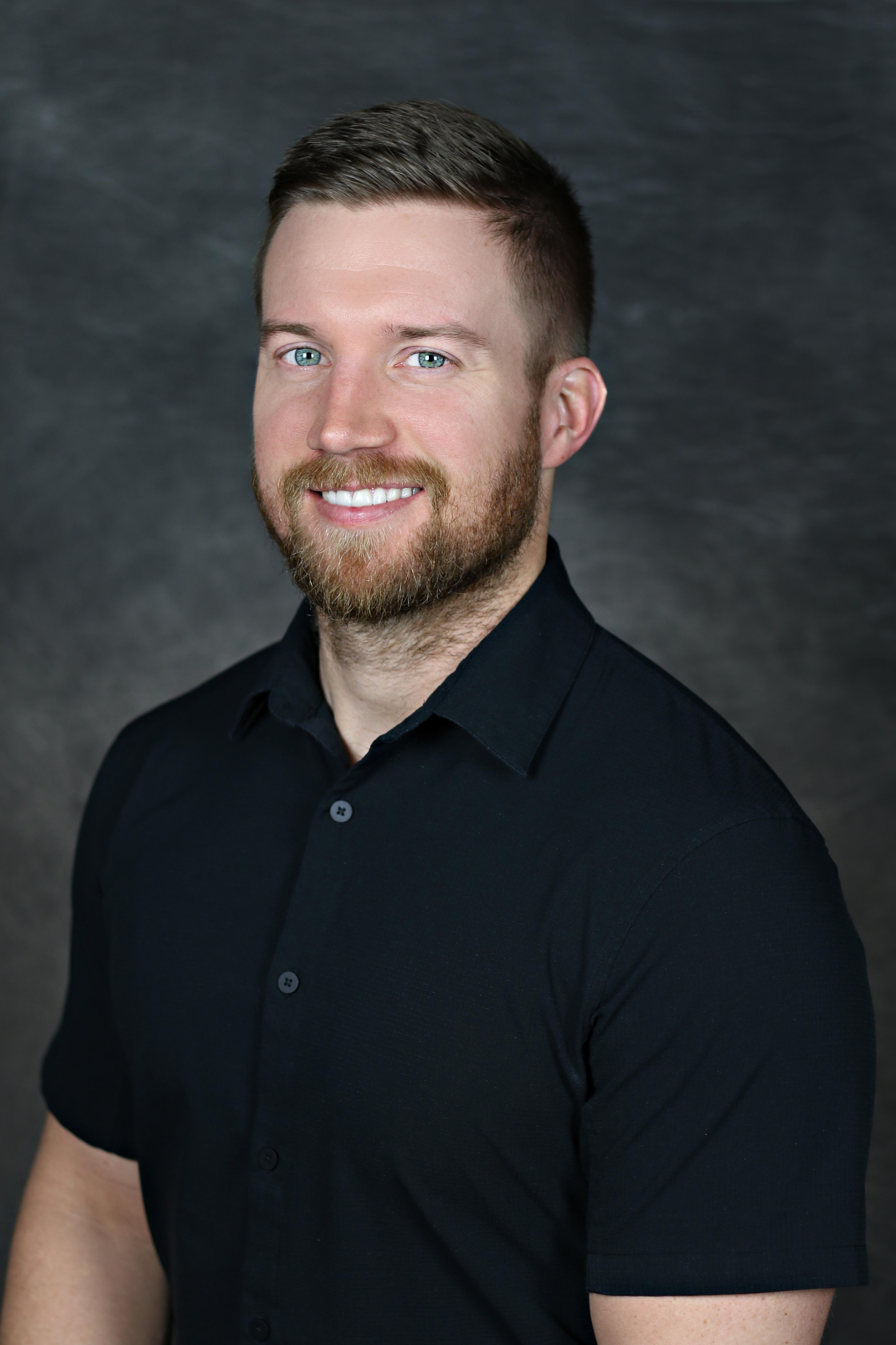 Dr. Tyler Riggs